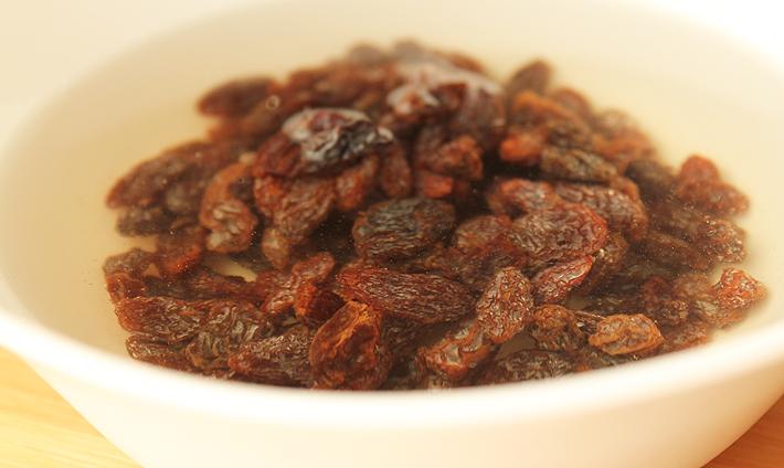 Baking with Raisins