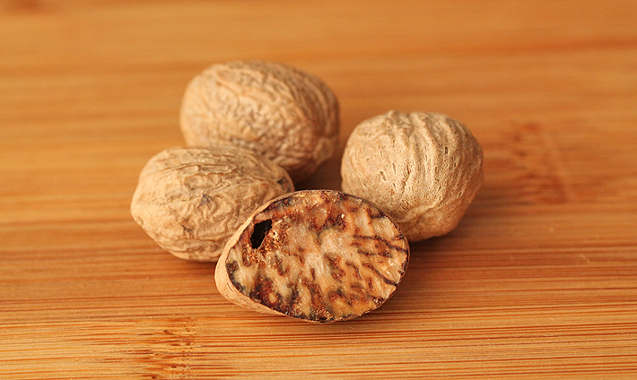 The Best Type of Nutmeg to Use In Your Baking (and everything else!)