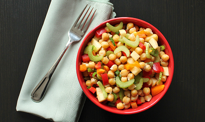 Quick Lunchtime Chickpea Salad
