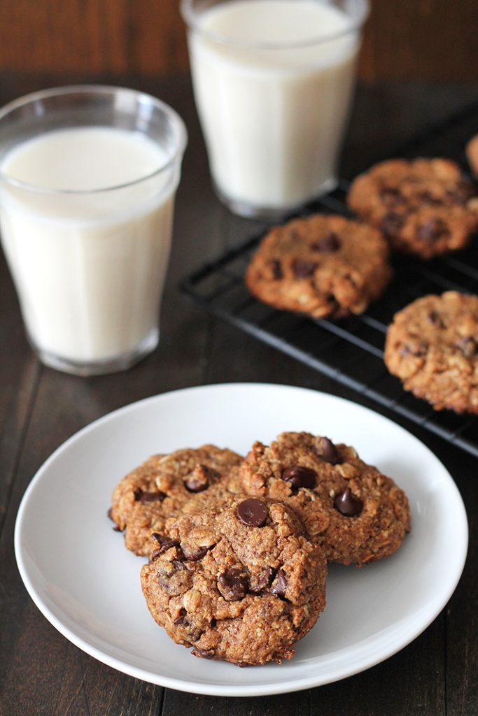 Soft-baked Peanut Butter Oatmeal Chocolate Chip Cookies are the perfect after school snack or a treat to enjoy with a glass of your favourite milk. These easy-to-make cookies also happen to be vegan and gluten-free!