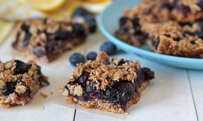 Easy Lemon Blueberry Oatmeal Bars