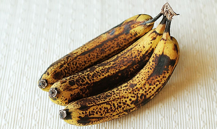 what-to-do-with-overripe-bananas-info.jpg