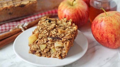 Apple Cinnamon Vegan Baked Oatmeal